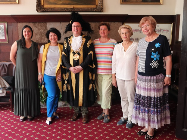Guests from Yaroslavl with Lord Mayor of Exeter — with Nina Chernushkina, Ludmilla Korbut and ирина ефимова at Exeter Guildhall