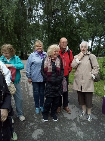 Exeter Yaroslavl Twinning Association Joyce and John in Yaroslavl with members of Yaroslavl Exeter Friendship Association including Ariadna Poletaeva — with Хлыстова Наталья